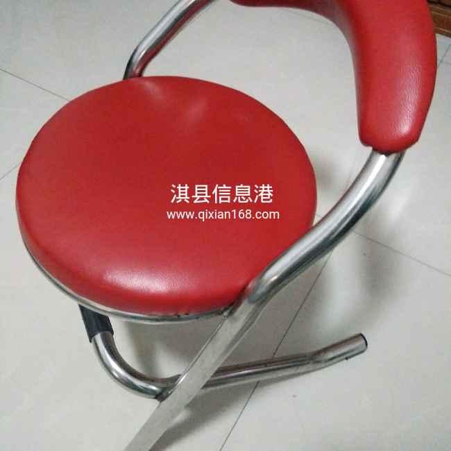 现有红色椅子出售